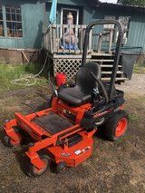"42"" kubota zero turn lawn mower in Cleveland, Texas"
