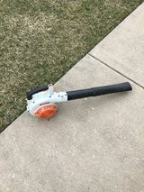 STIHL BG56C GAS HAND HELD BLOWER STARTS RIGHT UP AND READY TO WORK in Yorkville, Illinois