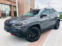 NEW TRAIL HAWK Cherokee 4WD *TAX FREE* Call Andy 06371 802 4450 in Spangdahlem, Germany