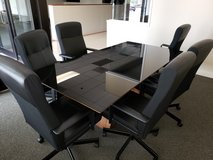 Conference table and 6 chairs in Chicago, Illinois