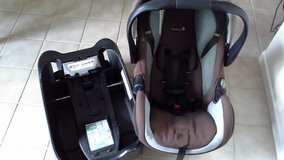 Safety 1st Deluxe AIR Infant Car Seat & Base in Camp Pendleton, California