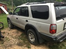 1998 Toyota 4Runner 2wd 4cylinder in Fort Polk, Louisiana