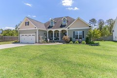 Beautiful 4 Bedroom 2 Bath home - inground pool, fire pit - home located in golf course community in Camp Lejeune, North Carolina