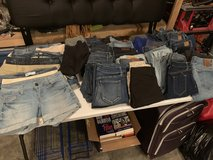 Women's/juniors jeans & shorts in Houston, Texas
