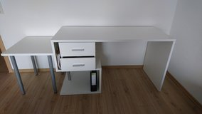 Nice office desk with side table in Ramstein, Germany