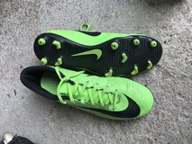 Men's Nike Soccer Cleats - size 10 in Joliet, Illinois