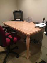 Dining Table in Bolingbrook, Illinois