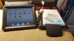 16 GB Wi-Fi iPad with Otter Cover/Stand, Pillow Case, Waterproof Bags in Naperville, Illinois