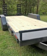 TRAILER 14,000 LBS. GROSS WEIGHT in Quantico, Virginia