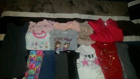 Toddler girl clothes 4t in Camp Pendleton, California