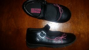 Toddler size 10 shoes in Camp Pendleton, California