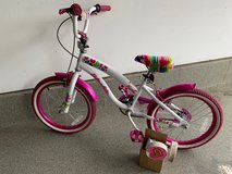 Girls' bike in Glendale Heights, Illinois