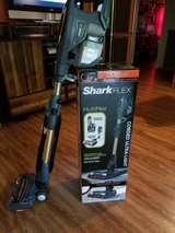 Shark Flex Vaccuum in Conroe, Texas