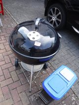 Weber Grill w/Charcoal Caddy in Ramstein, Germany