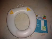 Potty seat with hanger in Fort Campbell, Kentucky