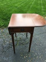 End table in Aurora, Illinois
