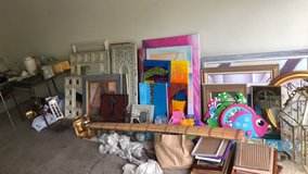 Home Decour… Had a little bit of everything! Hundreds of pieces to choose from coming get it! in Naperville, Illinois