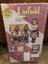 1994 Dura-craft Linfield Mansion Dollhouse  NEW UNopened in Batavia, Illinois