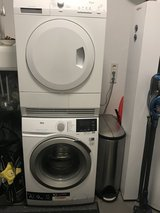 220 Washer and dryer in Wiesbaden, GE