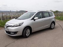 2013 Renault Grand Scenic Paris Deluxe TCe 130 Energy (with built in Navigation) in Stuttgart, GE