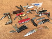 Pocket Knife Collection in Oswego, Illinois