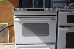 flat top glass top stove (free delivery ) credit card accepted in Camp Lejeune, North Carolina
