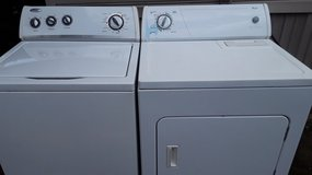 Whirlpool set washer and electric dryer for sale in Fort Polk, Louisiana