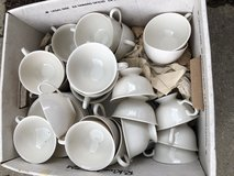Tea/coffee cups and saucers in Naperville, Illinois