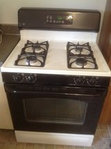 GE Self Cleaning gas oven/range in St. Charles, Illinois