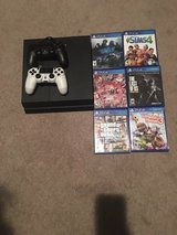 play station 4 bundle in 29 Palms, California