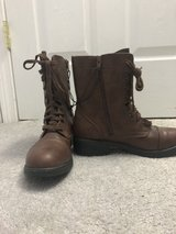 NEW Brown Boots in Bolingbrook, Illinois
