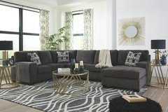NEW! UPSCALE QUALITY USA MADE URBAN COMFY SOFA CHAISE SECTIONAL!:) in Camp Pendleton, California
