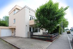 Beautiful home in Filderstadt / School Bus Zone PES / S-Bahn in Stuttgart, GE