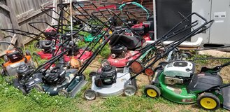 20 lawn mowers lot - $300 in Fort Campbell, Kentucky