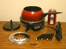 Oster Electric Fondue Set in Chicago, Illinois
