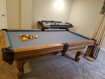 Steepleton pool table 7' excellent condition in Aurora, Illinois