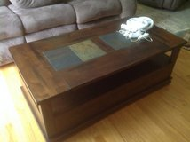 Matching Coffee table and side tables in Aurora, Illinois