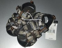 Infant sz 3 Camouflage sandals NWT in Tinley Park, Illinois