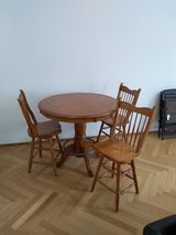 Bar table and 3 chairs in Wiesbaden, GE