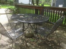 Wrought iron table/chairs in Naperville, Illinois