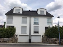 Lg 5 bed/2.5 Bath duplex, 15-20 min Panzer/Patch in Stuttgart, GE