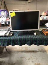 HP large monitor in Naperville, Illinois