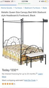 beautiful queen canopy bed in Aurora, Illinois