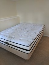 Queen mattress set in Fort Belvoir, Virginia