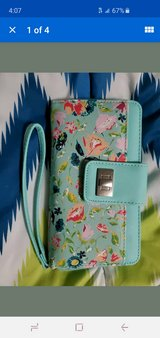 large wristlet wallet in Fort Campbell, Kentucky