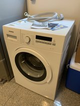 Siemens Clothes Washer - Like New in Stuttgart, GE