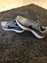NIKE Size 10 US Running Shoes in Ramstein, Germany