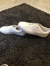 BRAND NEW - WHITE TRAINERS in Ramstein, Germany
