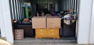 STORAGEWARS ***ENTIRE STORAGE CONTENTS LOT in Fort Campbell, Kentucky