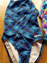 Dolfin One Piece Swimsuit Size 32 Small Like New in Glendale Heights, Illinois